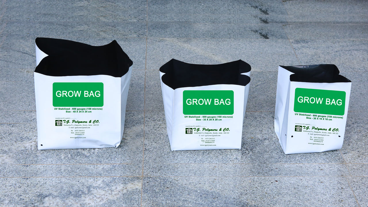 Multylayer UV Stebilized Grow bag Sleeves Open top bags Sleeves Nursery bags Leno Bags Cocopeat 5 Kg bag with handle Cocopeat potting soil bags Grow bag sleeves KitchenGarden